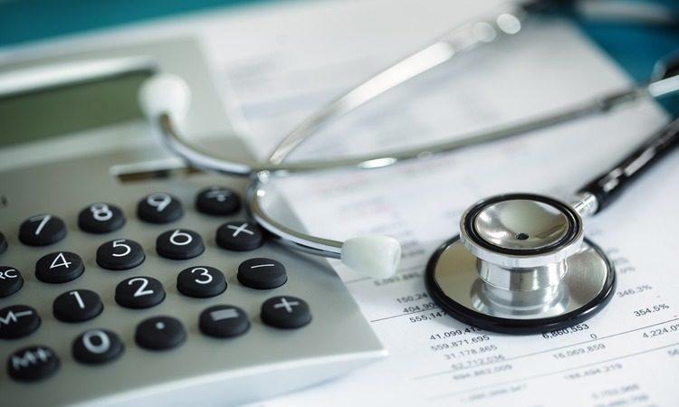 Новый расчет больничных, декретных и детских пособий